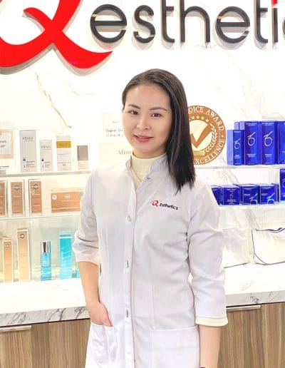 Kelly Rong Cosmetic Nurse
